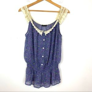 Moda International Blouse Sleeveless Size Medium